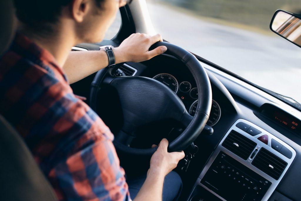 מחיר שיעור נהיגה